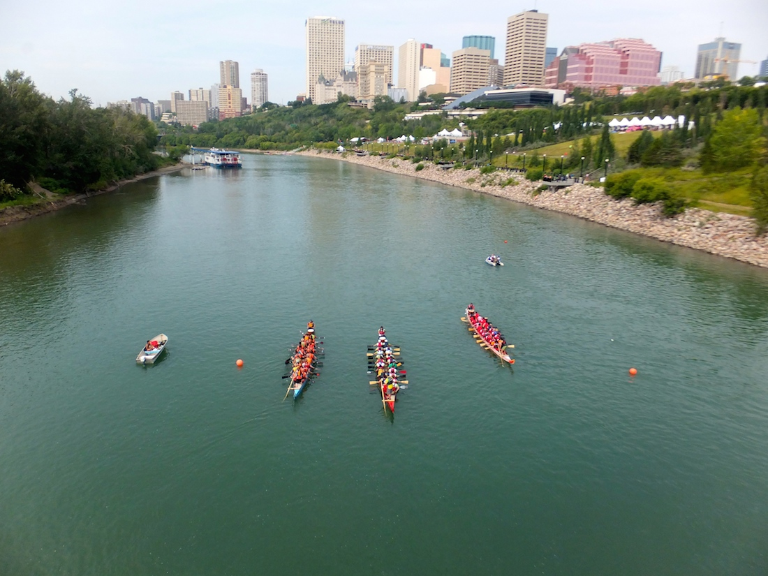 Dragonboat racers