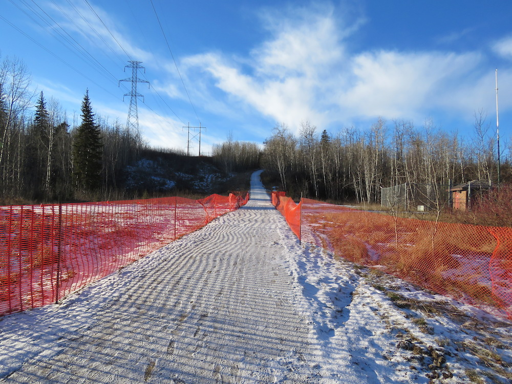 whitemud-red-fence